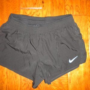 Nike Women Size Large Running Shorts